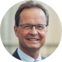Dr. Thomas König
